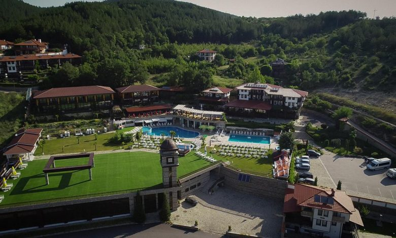 Photo of Извън града – Хотелски комплекс Главатарски Хан